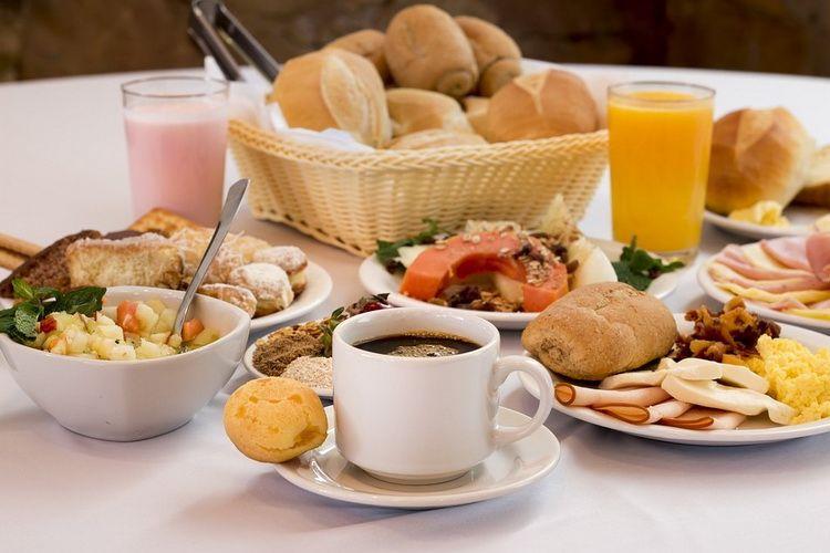 Кафе «Золотая рыбка» в Агое