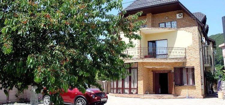 Гостевой дом «Фантазия» в Агое